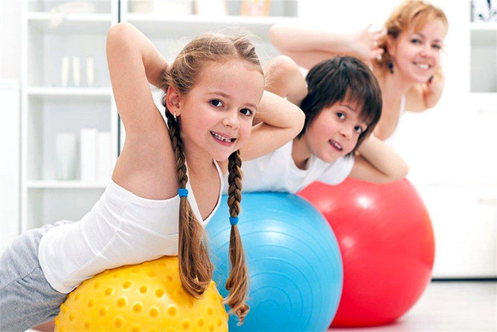 Лечебная физкультура для детей с рождения
